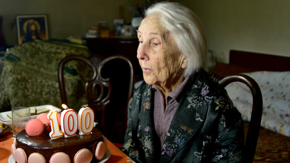 Fausses informations (fake news) sur les centenaires