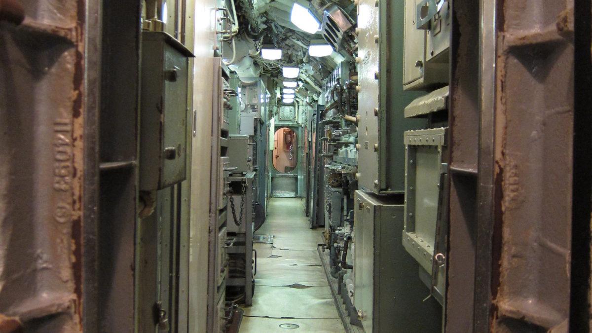 Confinement : les conseils de l'astronaute, du sous-marinier et du parachutiste