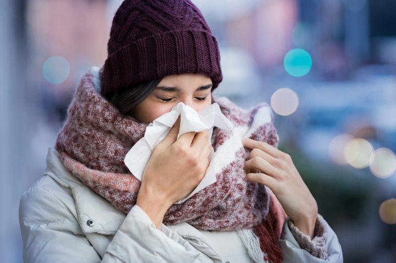 Plus efficace que le vaccin, le rhume ?!